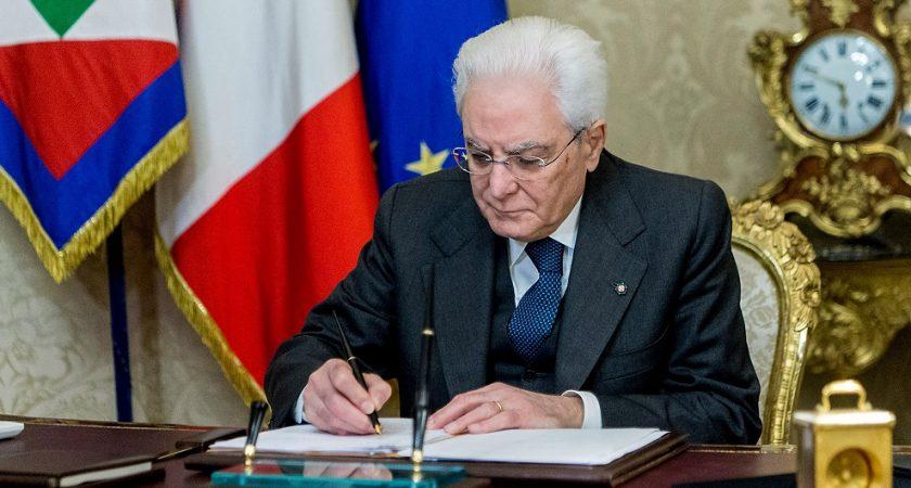 Italie : le président dissout le Parlement en vue des législatives