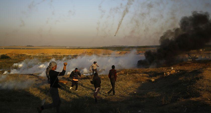 Les Palestiniens accusent les soldats israéliens d'avoir tiré sur des manifestants qui ne représentaient aucun danger immédiat