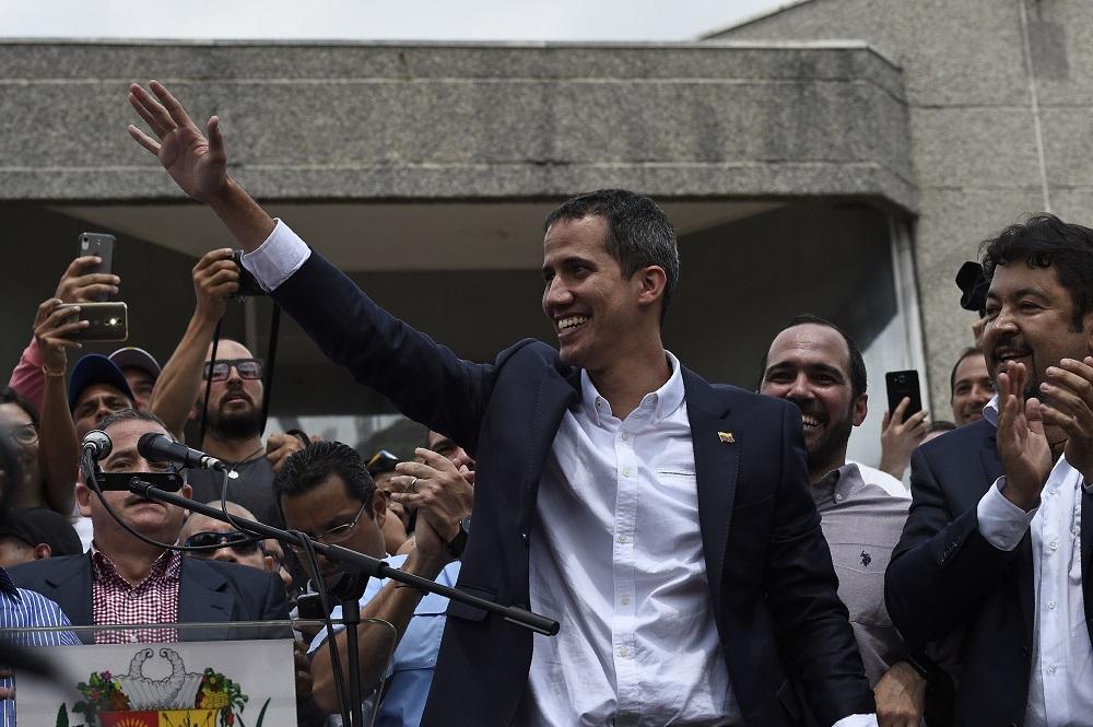 Le leader de l'opposition et président autoproclamé Juan Guaido, le 4 mars lors de son retour au Venezuela qu'il avait quitté une dizaine de jours plus tôt. (Photo: AFP)