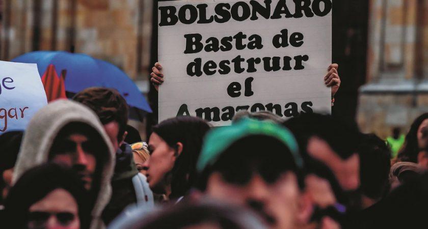 Brésil : Raoni répond aux attaques de Bolsonaro