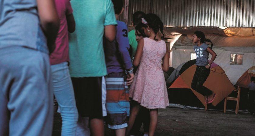 103 000 enfants détenus en lien avec l'immigration — Etats-Unis